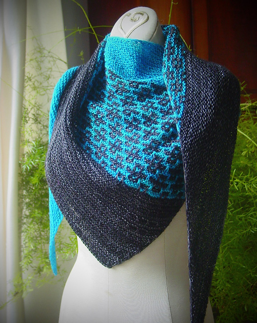 Modification Monday: Emiliana | knittedbliss.com