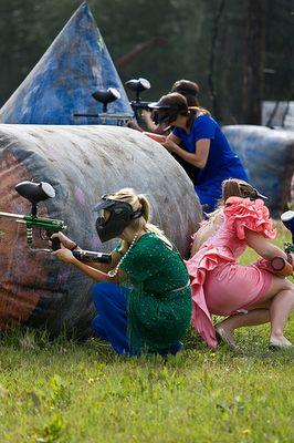 Pin Ups and Link Love: Ugly Bridesmaid Dress Paintball| knittedbliss.com