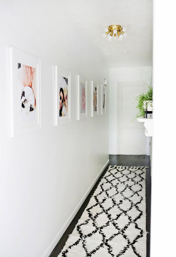 Pin Ups and Link Love: Hallway Revamp| knittedbliss.com