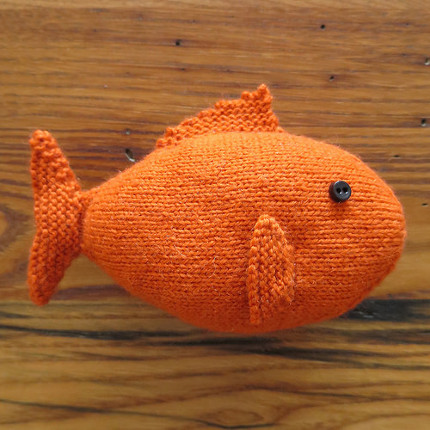 Knit a sweet goldfish for a child or yourself