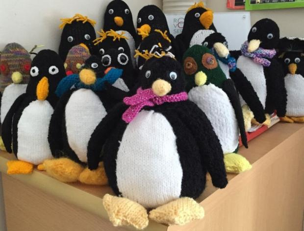 knitbits: penguin knitting for charity