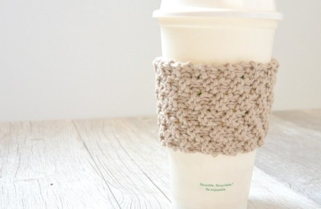 Knit a Super Simple Coffee Cup Cozy