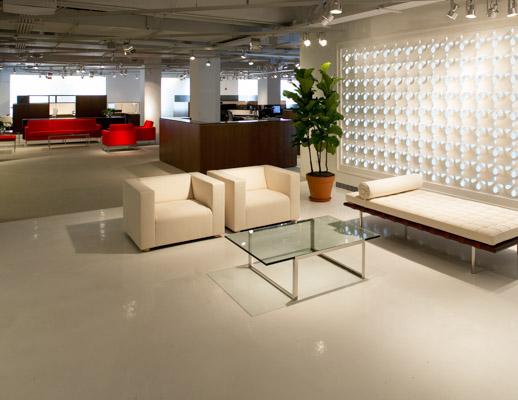 Knoll Couch Barcelona® Couch | Knoll