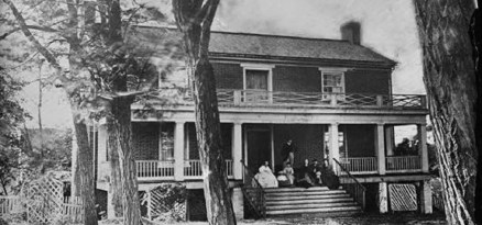 Appomattox_Court_House_by_Timothy_O'Sullivan