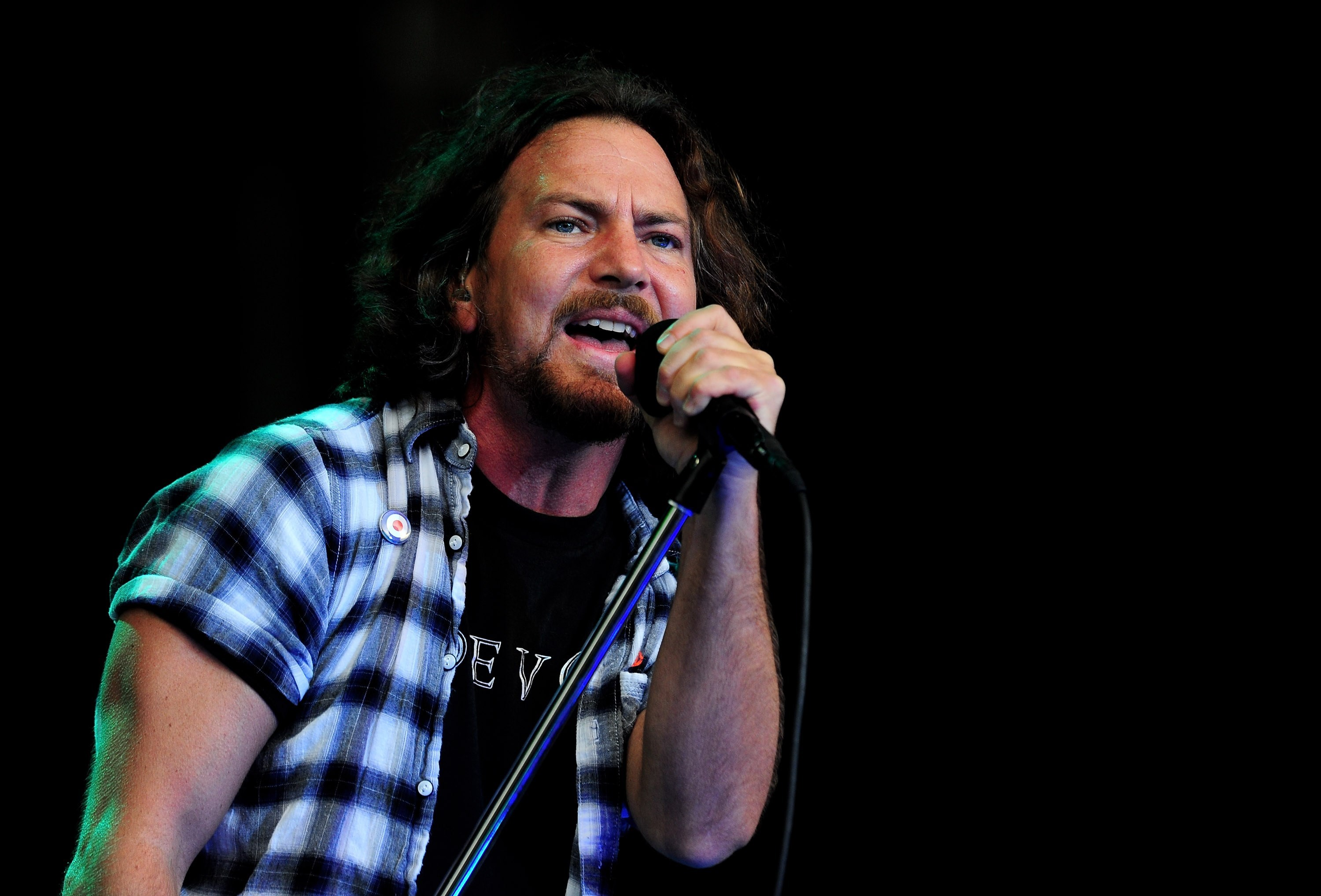 Money Wallpaper Hd Eddie Vedder Known People Famous People News And