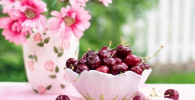 cherries-in-a-bowl-773021_640