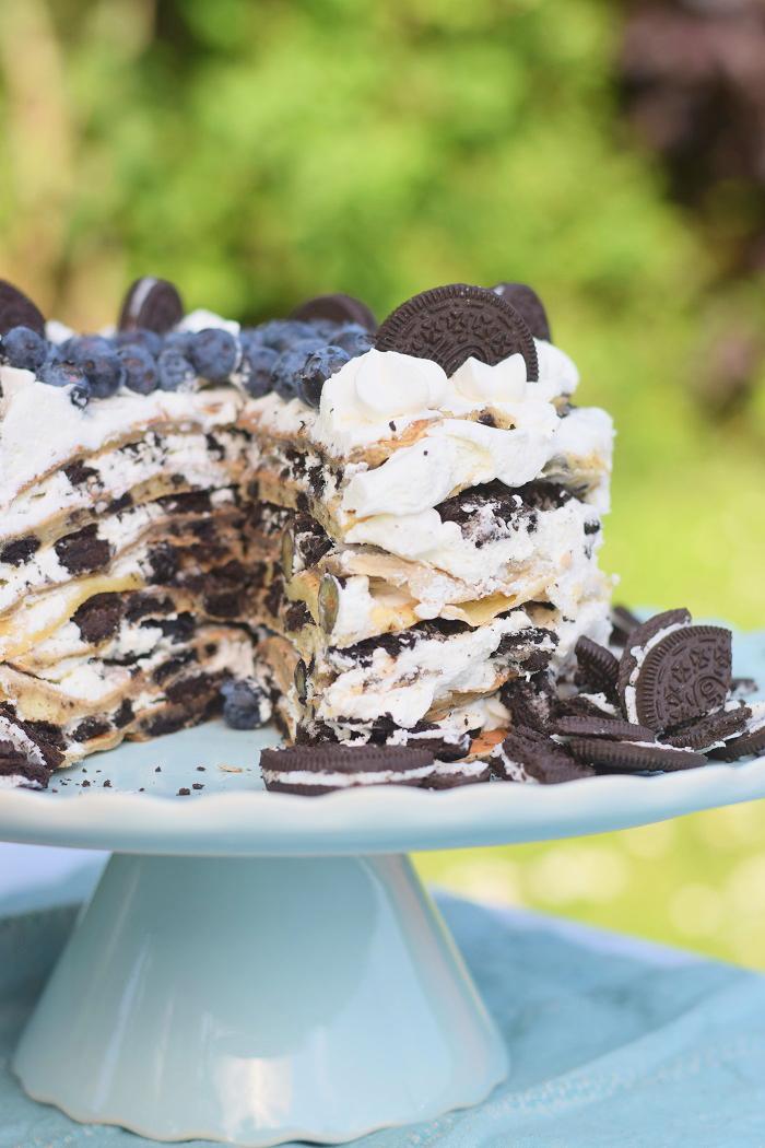 Oreo Pfannkuchen Torte mit Blaubeeren 8