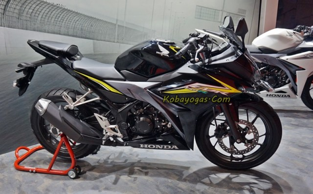New CBR150R black kobayogas