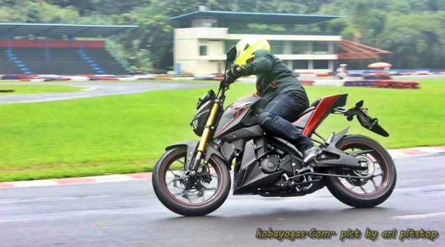 test ride xabre 3
