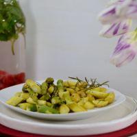 Grüner Zitronen-Spargel und Kartoffel aus dem Ofen