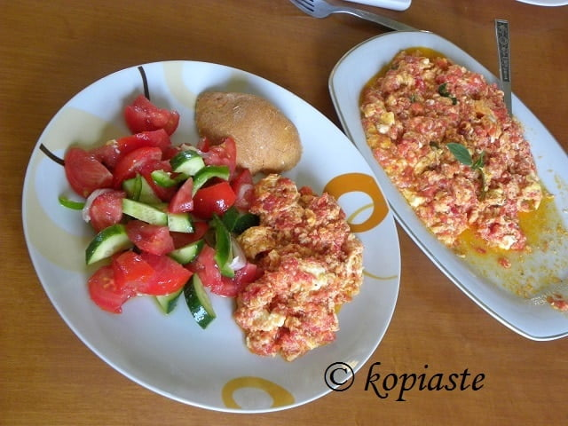 Kagianas with salad2