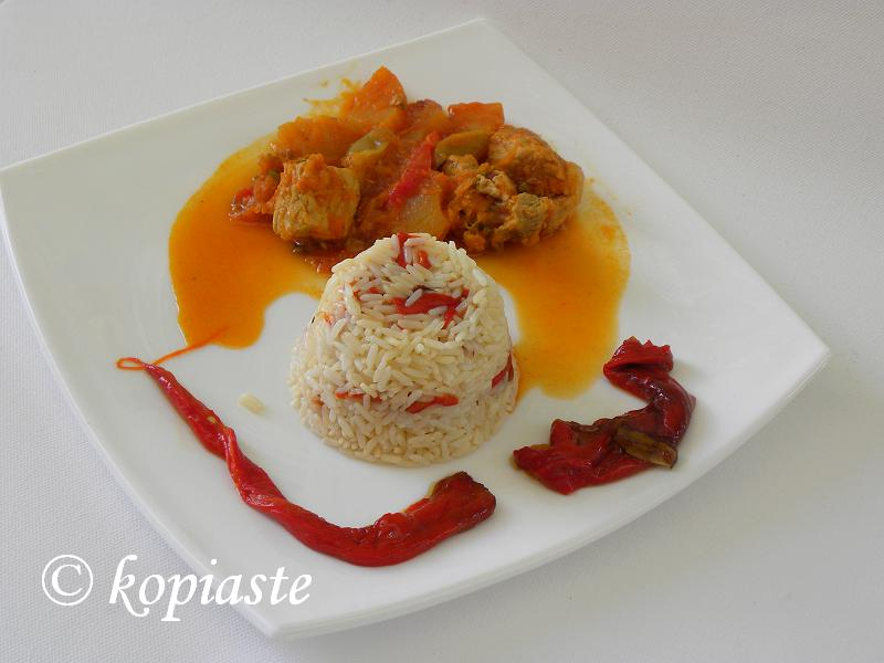 Pork sweet and sound with red Florinis peppers