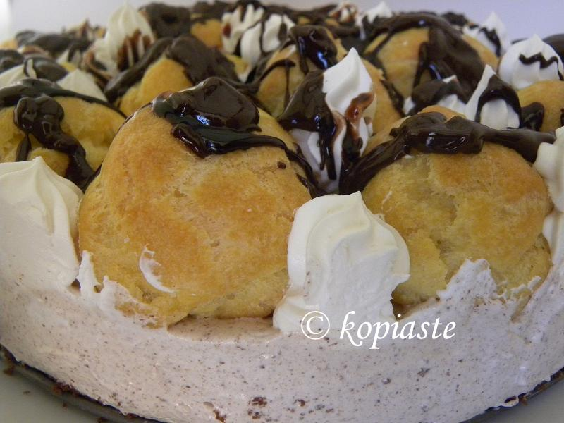 profiterole-chocolate-cheesecake