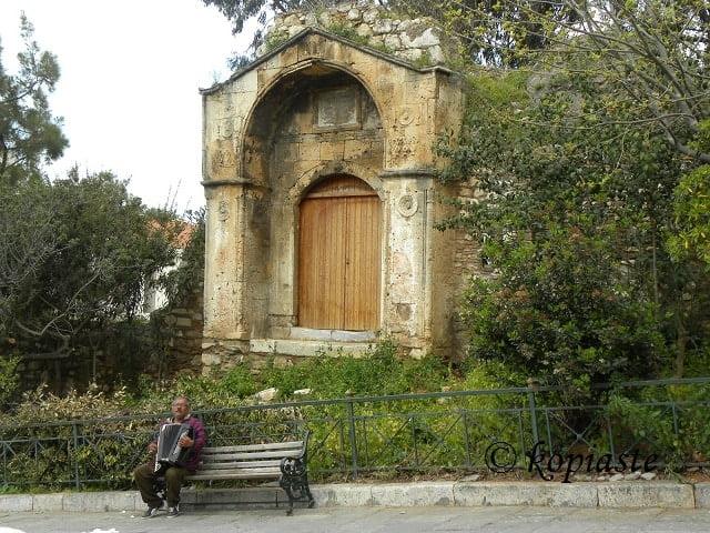 Anafiotika old door