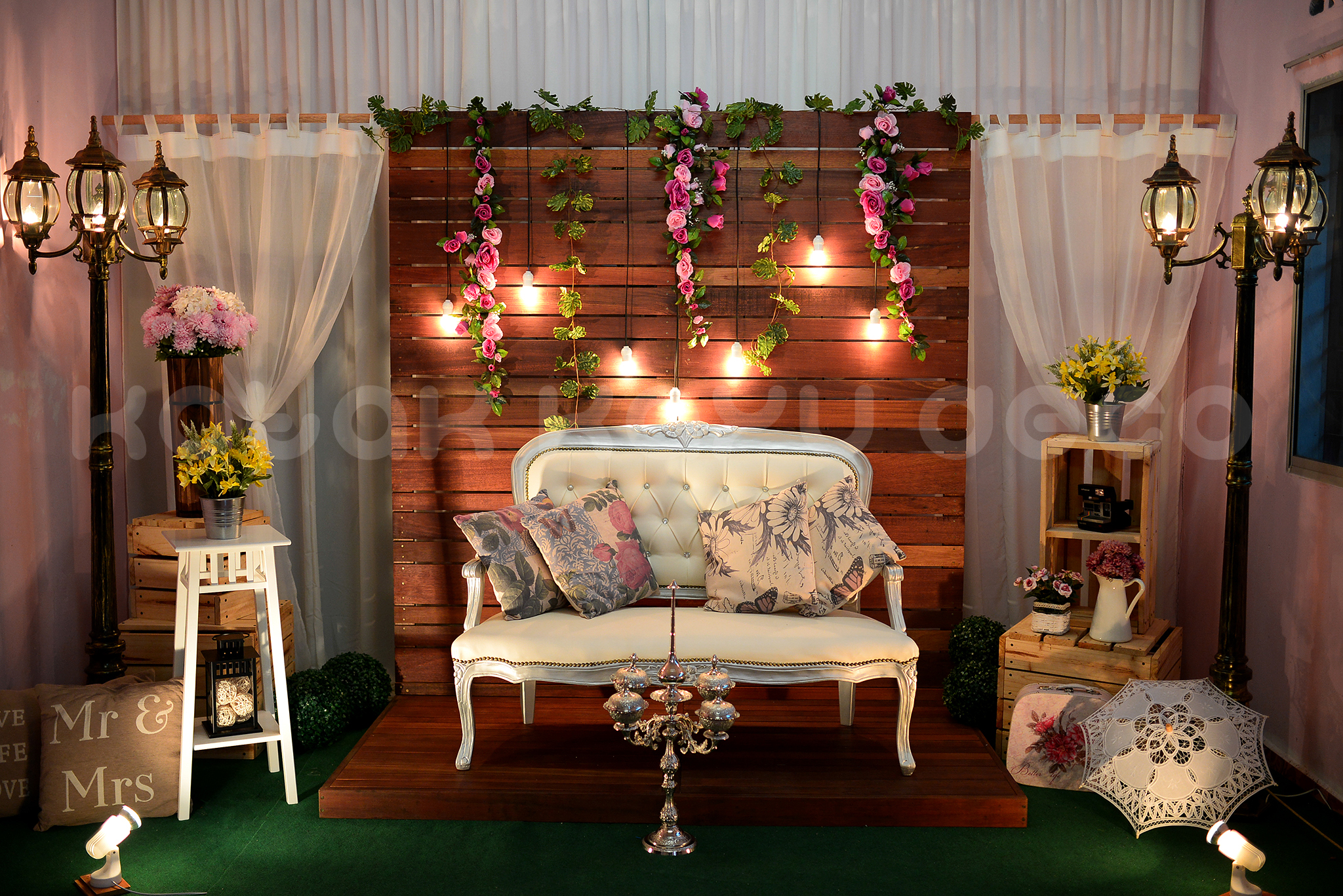 Wallpaper Untuk Kayu New Design For Wedding's Pelamin | Rustic & Vintage Theme