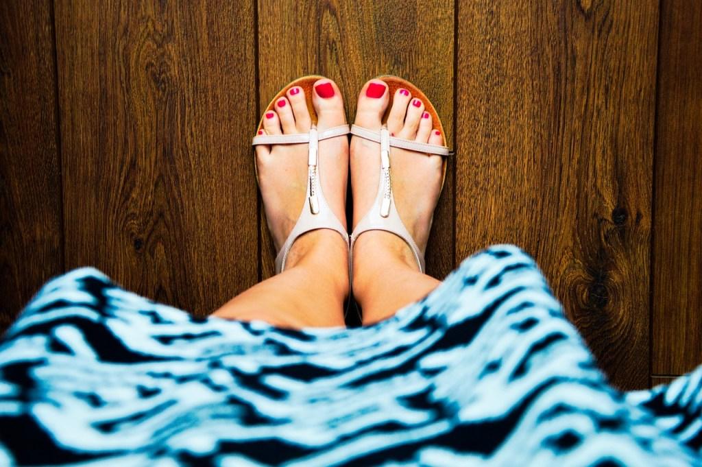 巻き爪の足