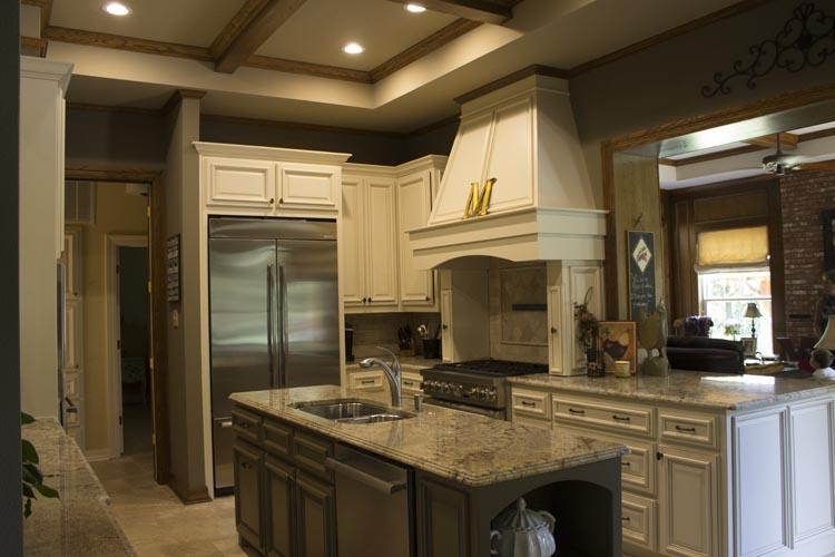 Southern Farmhouse Comfort Meets Modern Luxury Kitchen