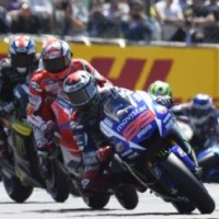 Jorge Lorenzo Wins Second Straight MotoGP at Le Mans, Rossi Second to Make It 1-2 for Yamaha Movistar