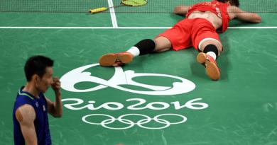 Chen Long defeats world No. 1 Lee Chong Wei to win badminton gold copy