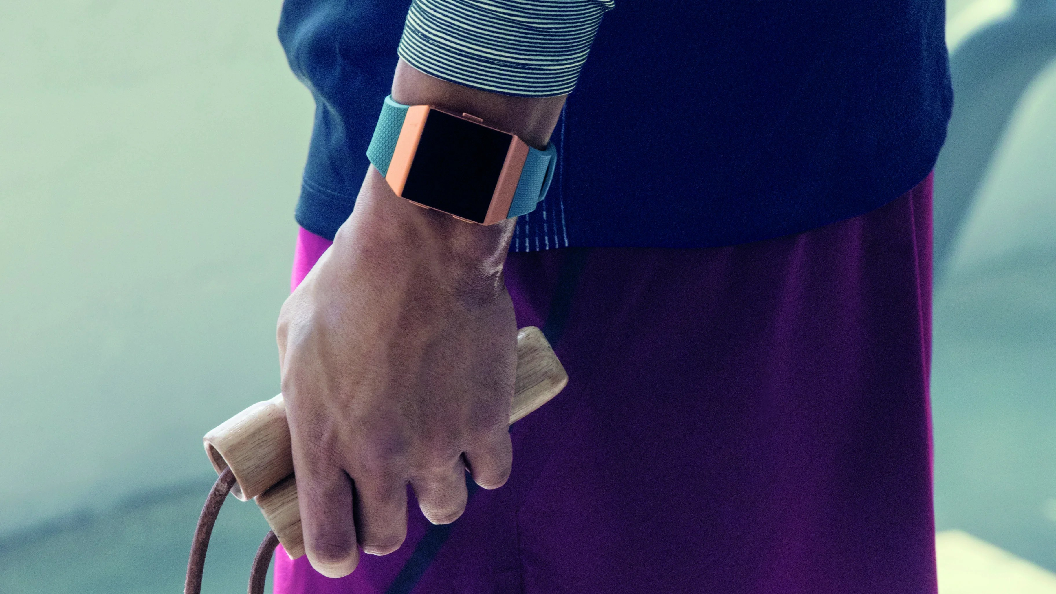 Fitbit Ionic Vs Apple Watch 2 Which Fitness Smartwatch