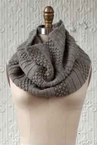 © Fairmount Fibers Empalme by Cassandra Milani (knit)