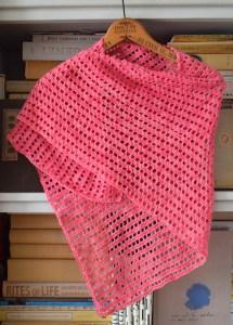 © Underground Crafter Justine Shawl by Marie Segares (crochet, FREE)