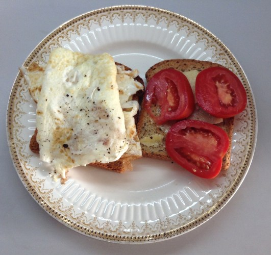 Eggwhite, Cheddar & Tomato Sandwich