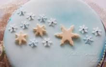 Winter Torte Kuchen Sterne Gold Perlen Schnee Weihnachten