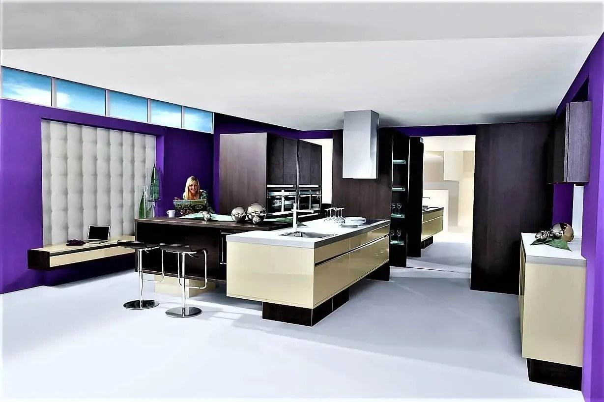 Lila Kuche Kuche Mit Violetten Akzenten Purple Kitchen Kuche Kitchen