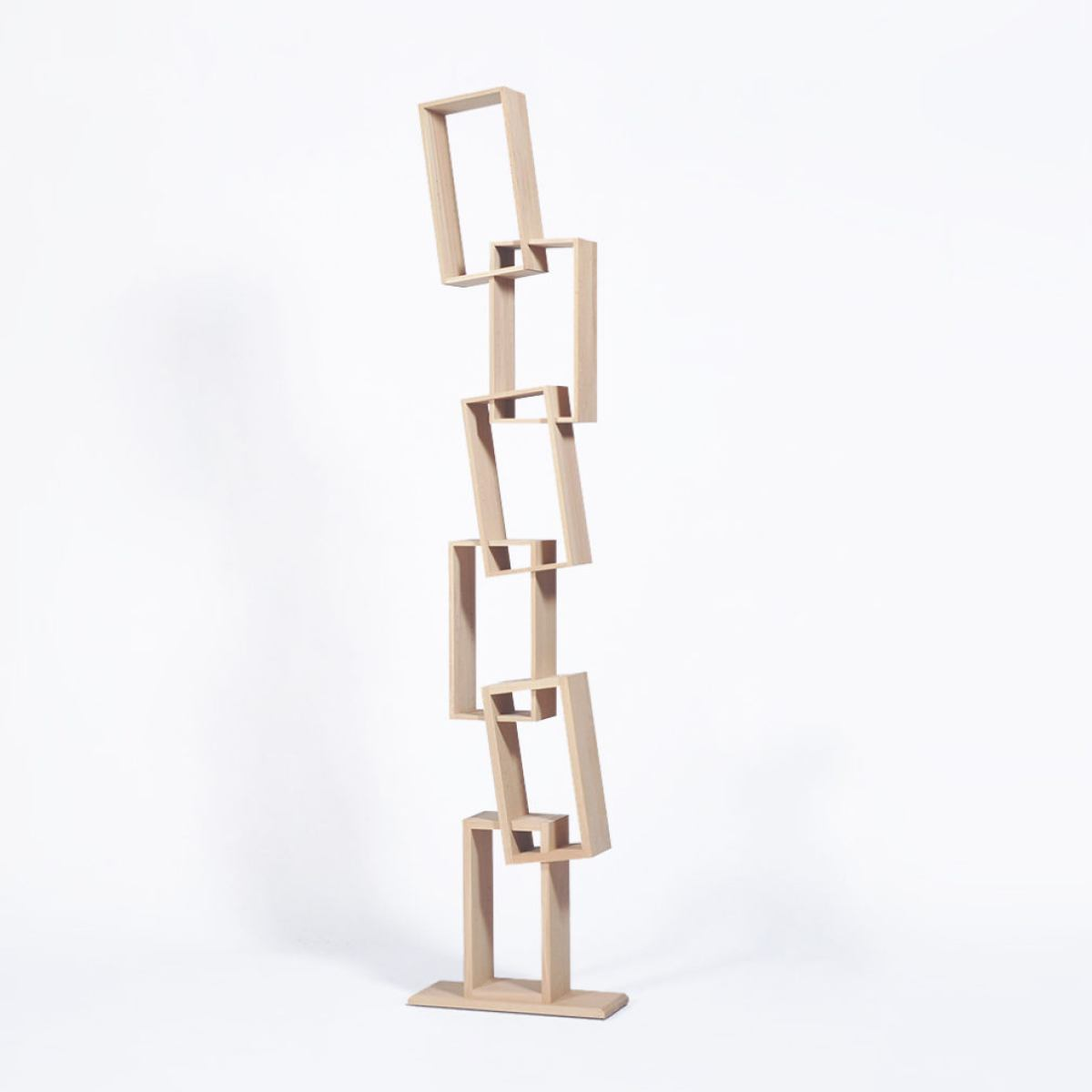 Uquirky Bookcase With Six Tilted Compartments Kunstbaron