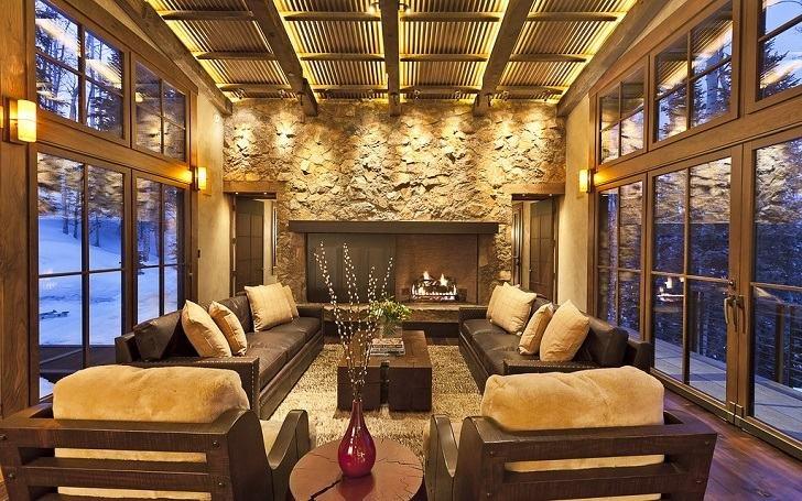 Metall-Deckenplatten-in-Wohnzimmer-Deko-Ideen-aus-Stein-Wand-Kamin - wohnzimmer deko wand