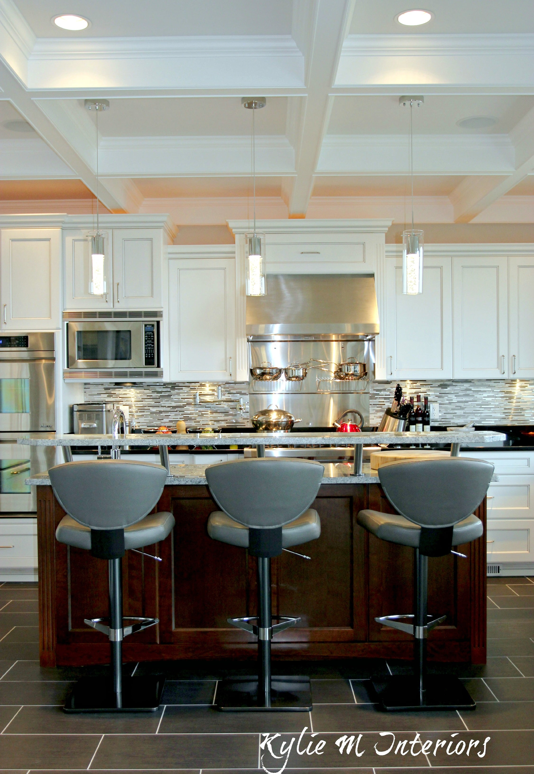 Design Kitchen Layout Cabinets Contemporary Yet Transitional Style Kitchen With White