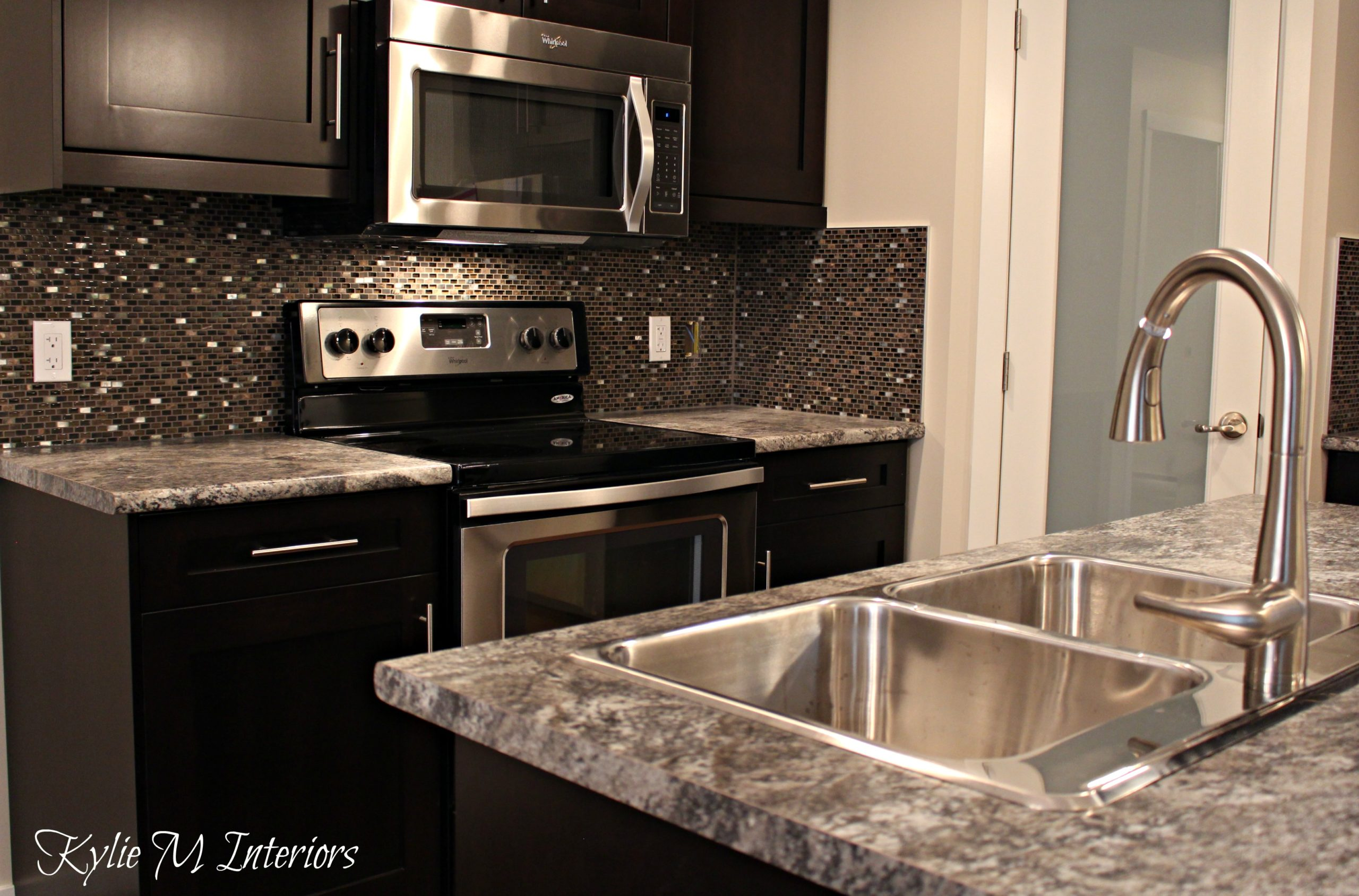 Laminate Kitchen Backsplash Harold Pionite Laminate Countertop With Glass Mosaic