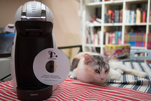 Nescafe Dolce Gusto Genio, with Temmi modelling by the side for size comparison