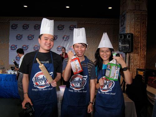 Huai Bin, KY, Kimberly in a team!