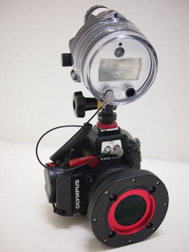 Olympus PT-EP05L underwater casing with UFL-2 flash