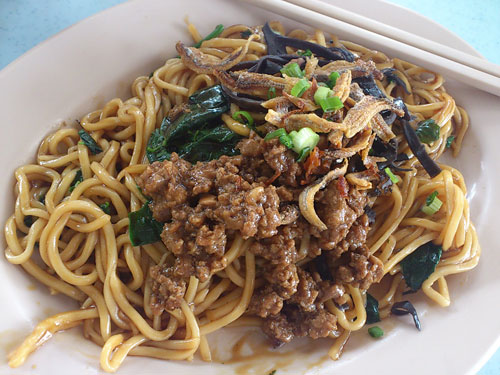 dry version with thin pan mee noodle