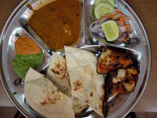 normal naan with tandoori chicken, delicious