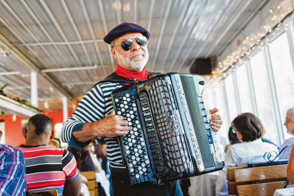 L'accordéoniste Marcel.