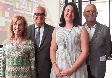 Rita Davies, John Calabro, Nicola Dufficy et Steven Levy lors du dévoilement de la programmation du Salon du livre Inspire!