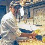 Marc Tournayre aux fourneaux de la Pâtisserie Jules, 617 Mount Pleasant.