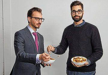 Les créateurs de la Poutine Week, Thierry Rassam et Na'eem Adam.