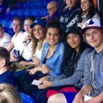 Les jeunes visiteurs danois et italiens aux Centre Rogers pour une partie des Blue Jays.