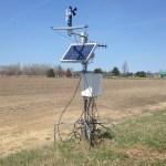 Une des stations météorologiques installées dans diverses exploitations agricoles du Nord de l'Ontario.