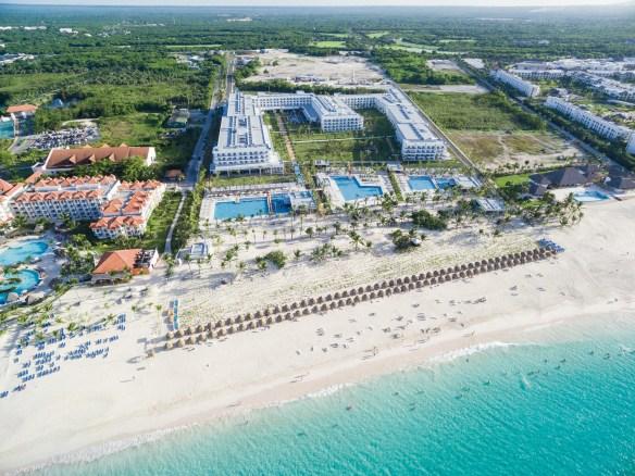Des airs, on voit à quel point ce centre de vacances est immense. Il a été construit dans une région presque inhabitée de la République dominicaine.