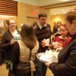 Les petits caseaux de poutine s'envolaient à la soirée «Poutine et Poésie» du Salon du livre de Toronto.