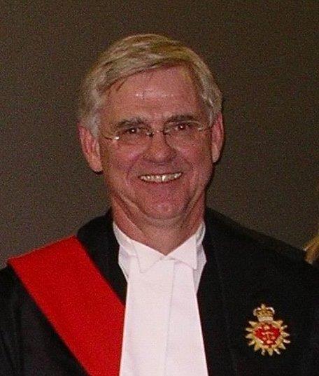 Frank Newbould, juge de la Cour supérieure de justice de l'Ontario.