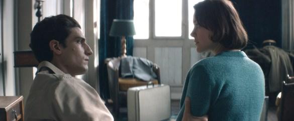 Louis Garrel et Marion Cotillard dans Mal de pierres, de Nicole Garcia.