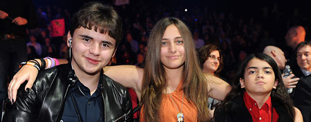 (L-R) Michael Jackson's children Prince Jackson, Paris Jackson and Blanket Jackson  (Photo by Ray Mickshaw/FOX via Getty Images)
