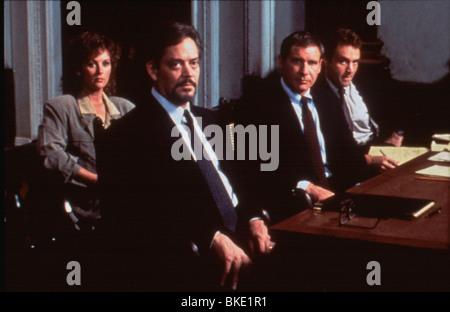 PRESUMED INNOCENT (1990) RAUL JULIA, HARRISON FORD PRI 004 Stock - presumed innocent 1990